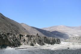 De overland naar Nepal - van Samye naar Nagartse