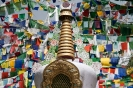 Dharamsala, Stupa met gebedsvlaggen