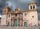Cusco - Kerk bij het plaza