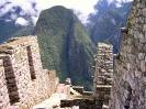 Machu Picchu - Tussen de huisjes