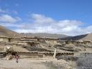 Zhongdian naar Lhasa - Huisjes in Pomda