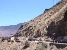 Zhongdian naar Lhasa - Wachten bij wegwerkzaamheden